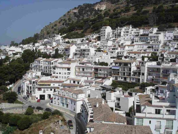 uabit and Neinor invest 92 million euros in building land in Mijas and Malaga